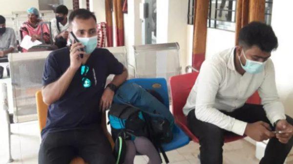 বুড়িমারী স্থলবন্দর দিয়ে ভারতে আটকে পড়া শিক্ষার্থীসহ ১২ জন বাংলাদেশী