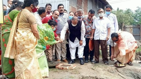 মুন্সীগঞ্জ কালী মন্দিরে 'ভক্ত নিবাস' নির্মাণ কাজের উদ্বোধন